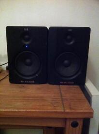 M audio bx5 D2 studio monitors