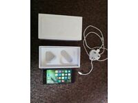 Iphone 6 with original box and charger
