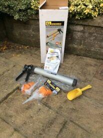 Roughneck Mortar gun and tools