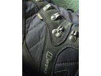 Black/Grey Berghaus Mens Walking Boots UK size10