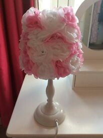 Next pink and white flower lamp