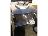 Shahi Tandoor Classic Gas Tandoori Clay Oven excellent condition