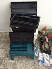 Tower toolbox and step combi