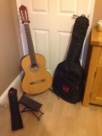 Jose Ferrer El Primo Guitar and Accessories Package
