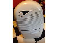 Dehumidifier / air purifier