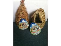 Bird Roosting Nest Pockets