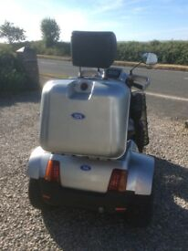 2015 31.5st TGA S4 GT LARGE ALL TERRAIN MOBILITY SCOOTER IN EXCELLENT CONDITION.