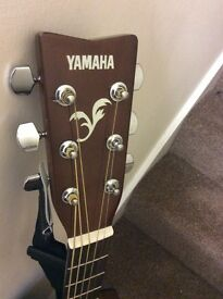 YAMAHA F310 includes guitar and bass tuner/ E-6th string