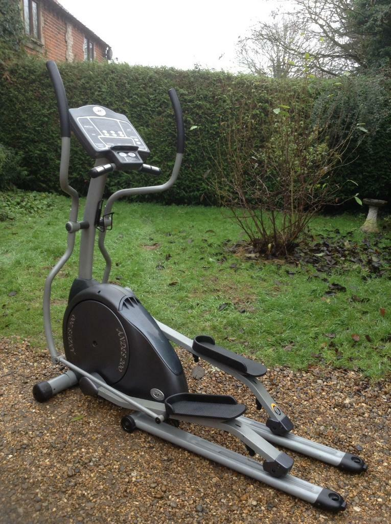 Horizon Fitness Andes 200 Foldable Cross Trainer (Delivery