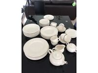 "House of Fraser Royal Stafford ""Sherwood"" Dinner Set"