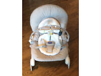 Chicco Hoopla Baby Bouncer and Rocking Chair, Legend - Excellent Condition