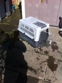large dog crate /bed /pet carrier