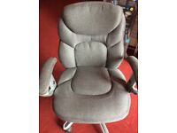 Computer chair fantastic condition