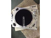 Numark TT1650 Direct Drive Turntables x 2