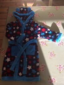 Boys soft/fluffy dressing gown 3-4yrs