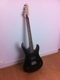 Beginner's electric guitar for sale - £15