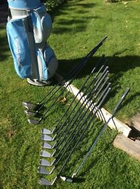 Lady's Set of Golf Clubs with Accessories