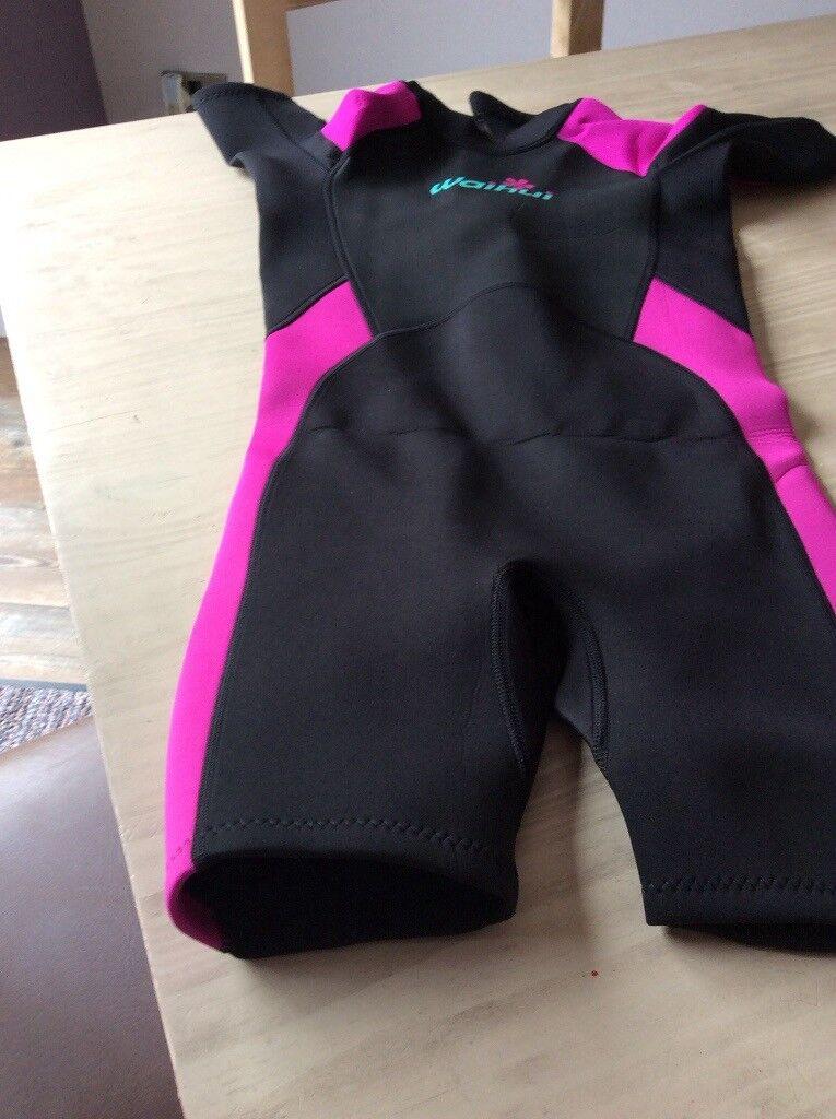 ec7cf7e516 Girls wet suit short legged excellant condition age11-12