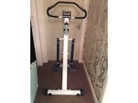 Vi-Trek Folding Stepping Machine with Heart Rate a Monitor