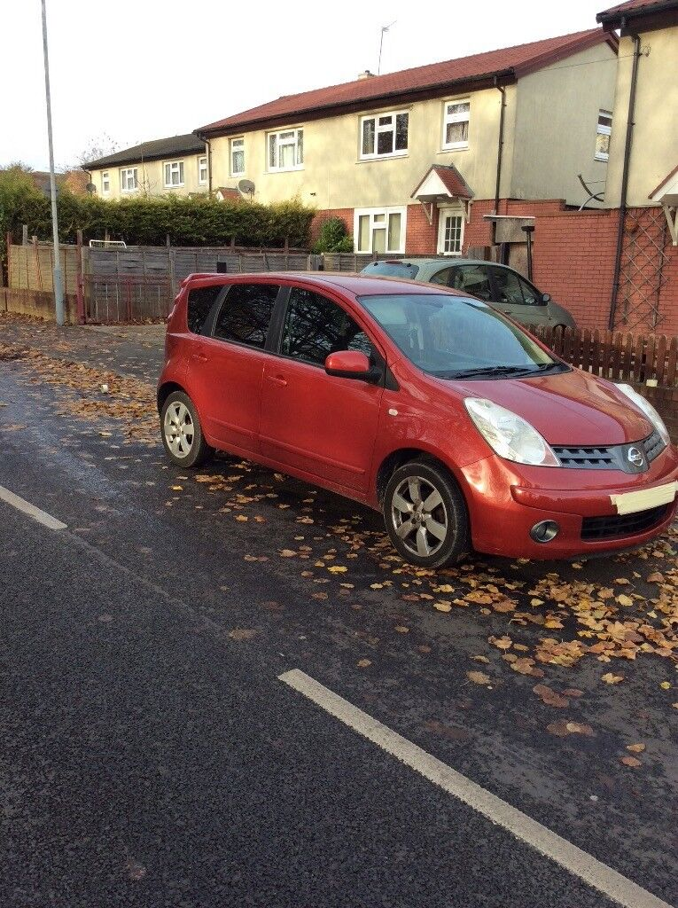 Nissan note 2008, red, automatic, 133800 miles, tinted windows, part leathers great condition £1400