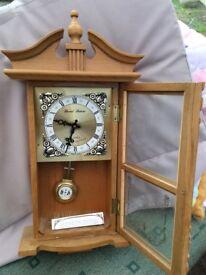 Daniel Dakota chiming clock