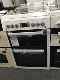 Beko 60cm white gas cooker. Glass lid £320 new / graded 12 month Gtee