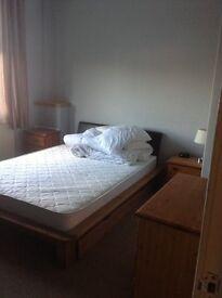 2 bedroom first floor flat for rent in Clifton Road, Aberdeen.