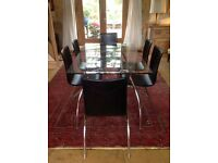 Stylish Danish Class Dining Table and Six realLeather chairs