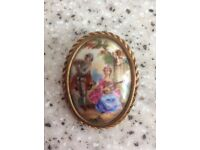 Limoges vintage hand painted brooch