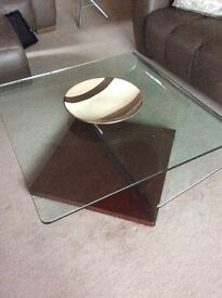 Contemporary glass coffee table, great condition.