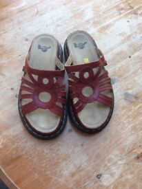 Shoes Dr Martin size 7 sandals red