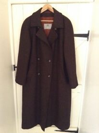 Aquascutum 100% pure wool coat size 20/22. Brown tweed