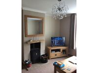 1 bed ground floor maisonette with large back and front gardens