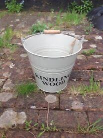 Fireplace Kindling bucket