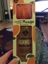 Get Fruity Mango Bath Duo Gift Set