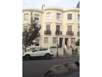 LANSDOWNE PLACE, HOVE. UNFURNISHED ONE BED PATIO FLAT.