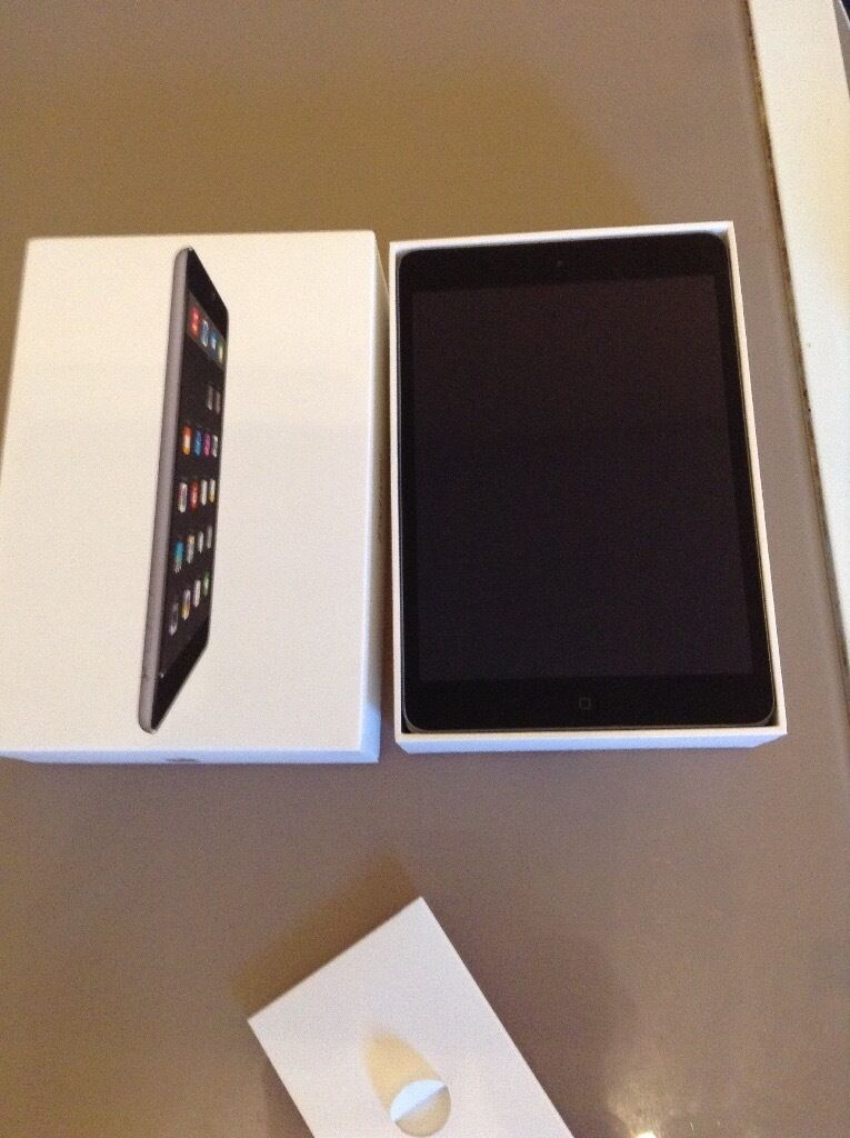 Apple iPad 2 mini 32GB boxed as shown95 Onoin SwanseaGumtree - Apple iPad 2 mini 32GB boxed with charger plug and lead one little problem sometimes when I unlock the iPad the screen display changes see last picture just lock and then unlock it then its back to normal Im unsure why it happens £95 Ono can deliver...