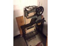 Singer Industial Boot Sewing Machine