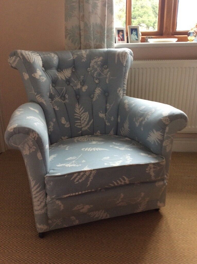 Blue button backed bedroom chair