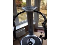 Vibration Trainer with LED display, multi massage programmes and 20 grade speed range