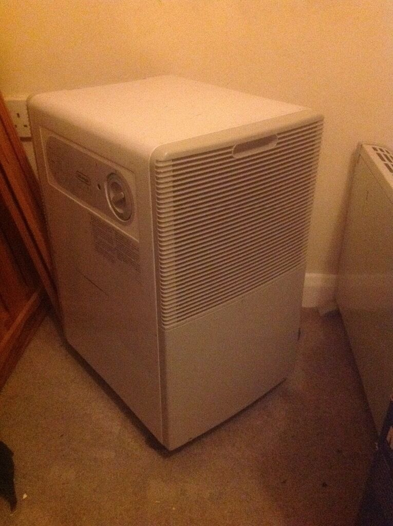 Delonghi Ds105 Dehumidifier In Good Working Order In
