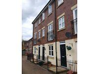 3 bedroom townhouse for rent in Cheltenham