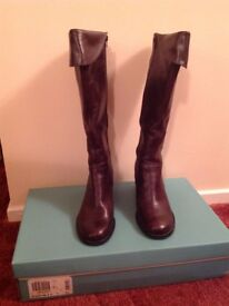 Clarks Ladies Leather Brown Long Boots Size 7