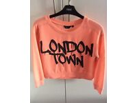 Girls 'London town' sweatshirt from New Look age 9
