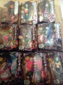 9x Monster high freaky fusion dolls collectible