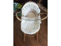 Rainbow Moses basket & stand