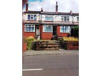 **2 BED STUDENT HOUSE ** SUBERB LOCATION** EXCELLENT VALUE**