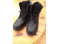 SEARS - Mens steel toe work boot, waterproof in black, size 11, as new