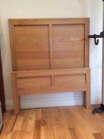 Single bed - wooden frame - slatted base