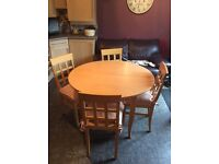 Amazing condition kitchen table and four chairs RRP £399